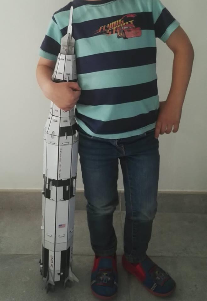 construis une fusée