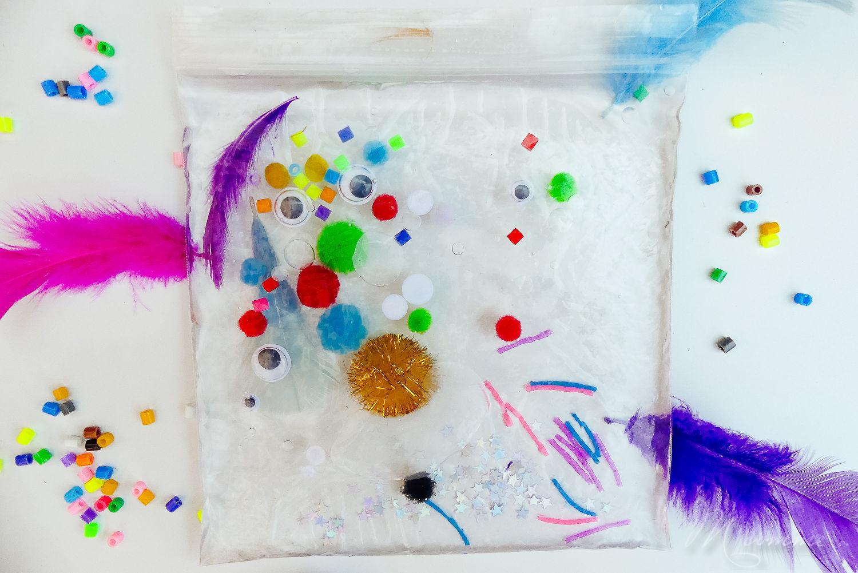 sac sensoriel eau et idées objets