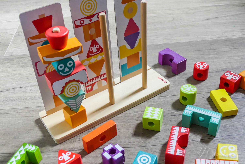 Edutotem, de Janod, est un jeu d'encastrement et de manipulation dès 3 ans. Ce jeu d'éveil permet de développer la motricité fine et l'apprentissage des formes et des couleurs, puis, quand l'enfant grandit, la concentration et la mémorisation. #encastrement #manipulation #eveil #jeueveil #joueteveil #jouetenbois #apprentissage #formes #couleurs #concentration #memorisation #montessori #motricite #motricitefine