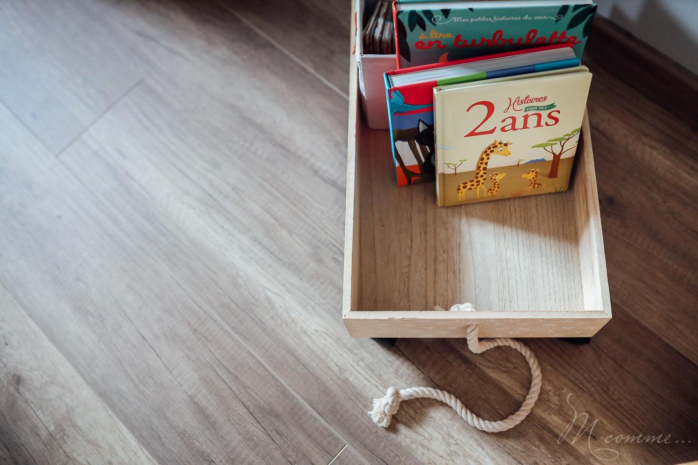 chambre montessori bac à livres